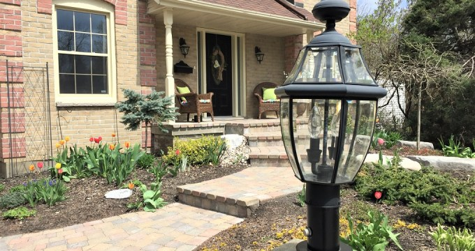 How I Painted Our Driveway Lanterns