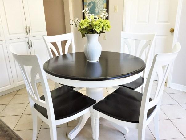 Pedestal kitchen table