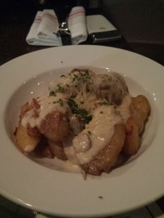 PATATAS with black truffles and Parmesan cheese