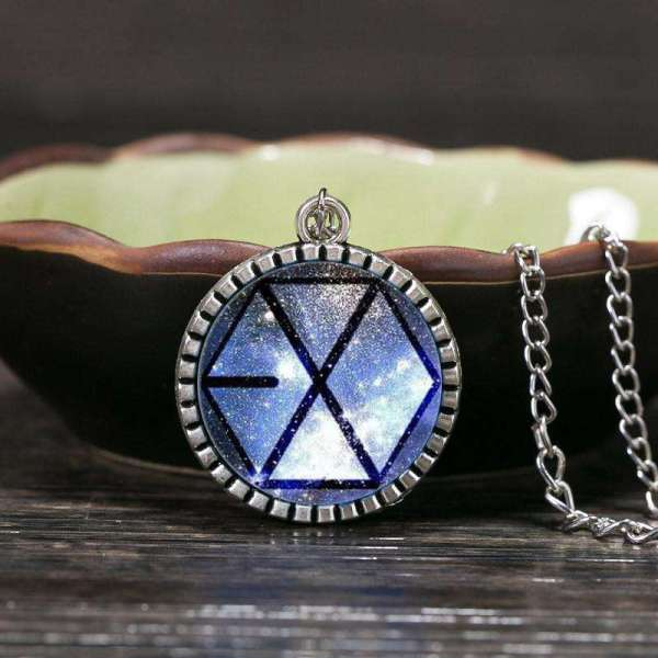 Necklaces EXO Star Glass Pendant - The Kdom
