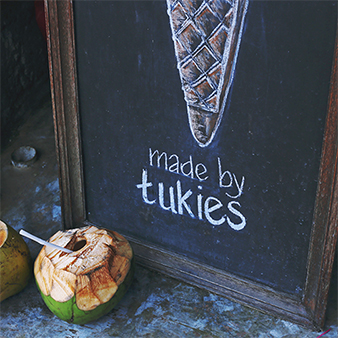 tukies-ubud-shop