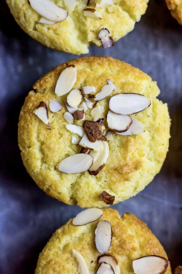 Low Carb Almond Cake
