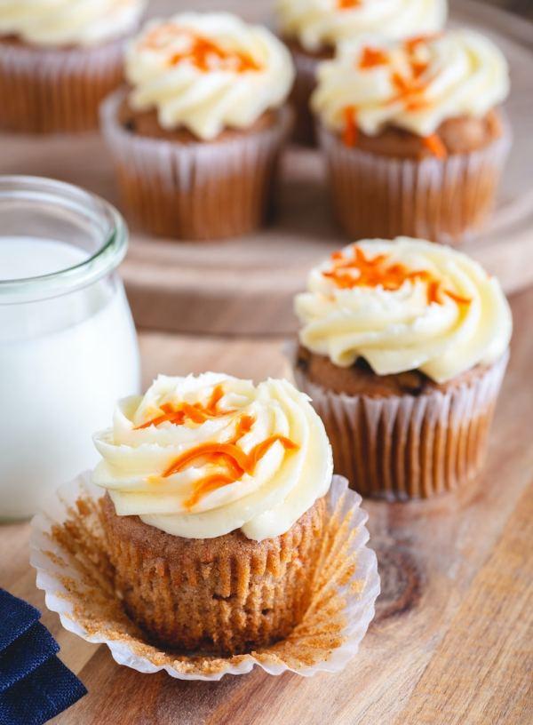 Mini Keto Carrot Cakes