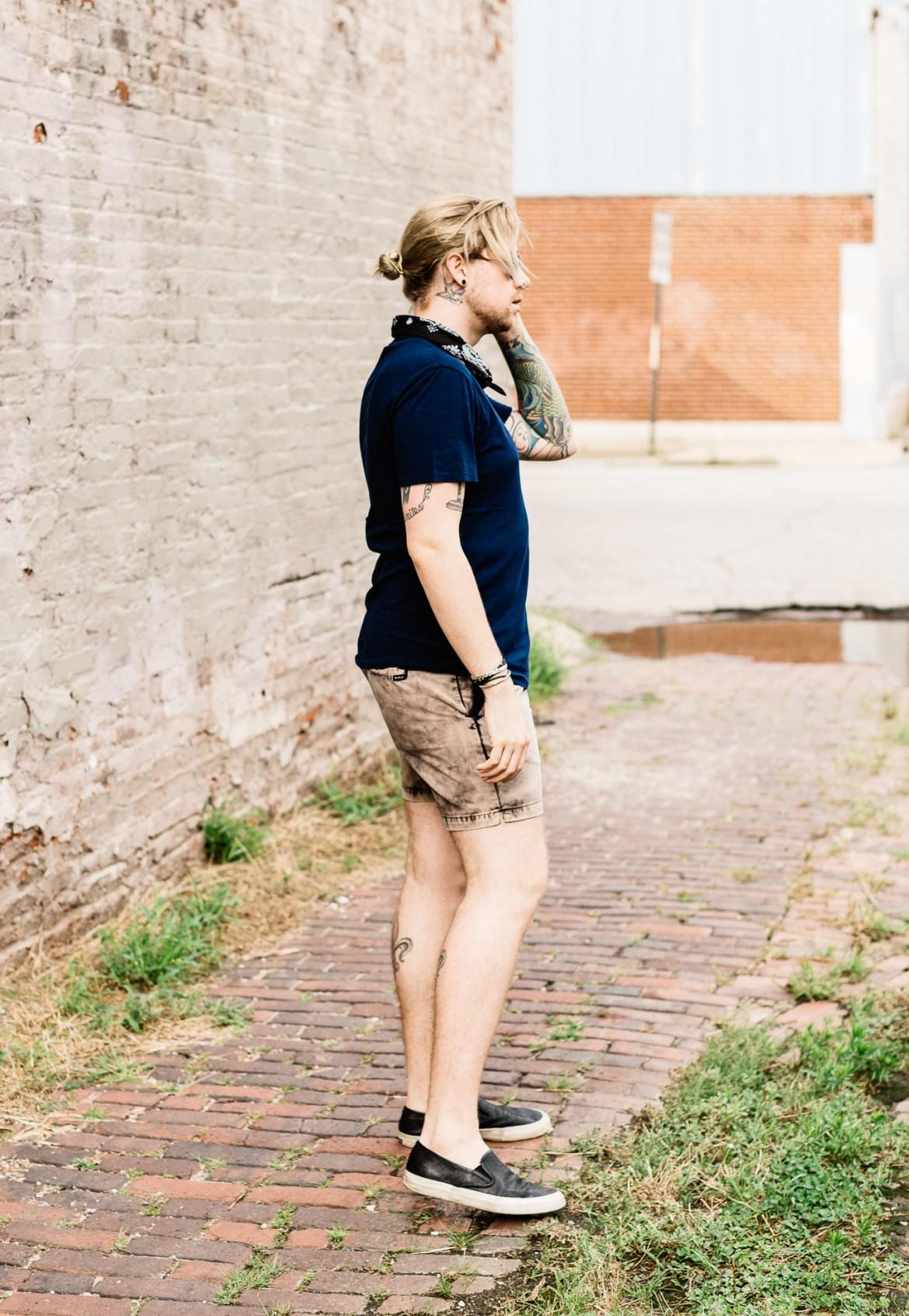 mens personal style blog, kentucky bloggers, urban outfitters bandana, slate and stone shirt, rvca shorts