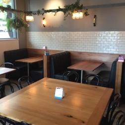 Ribs & Burgers Interior 5