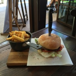 Traders Classic Beef Burger