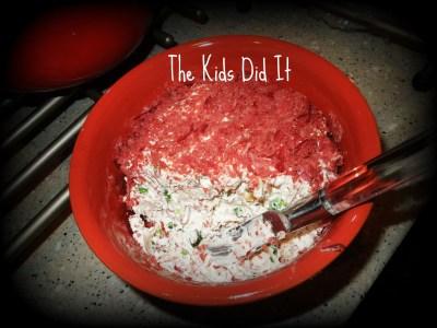 Dried Beef Cheeseball - thekidsdidit.com