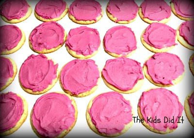Simple Semi-Homemade Sugar Cookie And Frosting Recipe