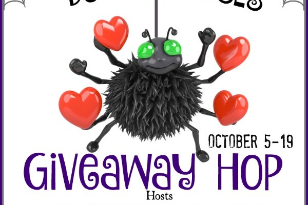 Bugs & Hisses: A Halloween Giveaway Hop #BloggerOpp