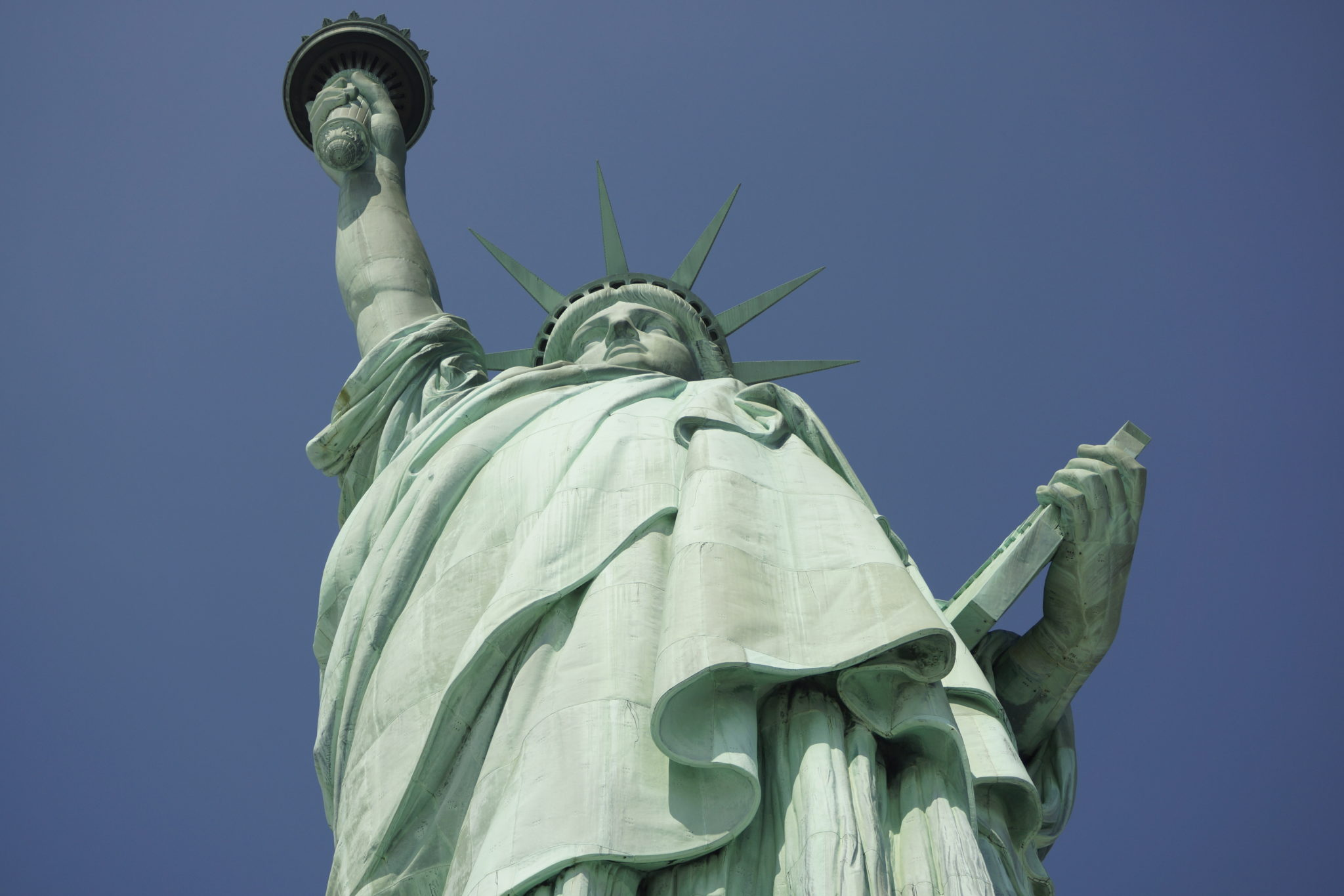 - 7 Tips for a Stress Free Visit to the Statue of Liberty - NYC Tourism - Tourist - Lady Liberty - Liberty Island - Memorial - Monument - Ellis Island - TheKillerLook.com - The Killer Look