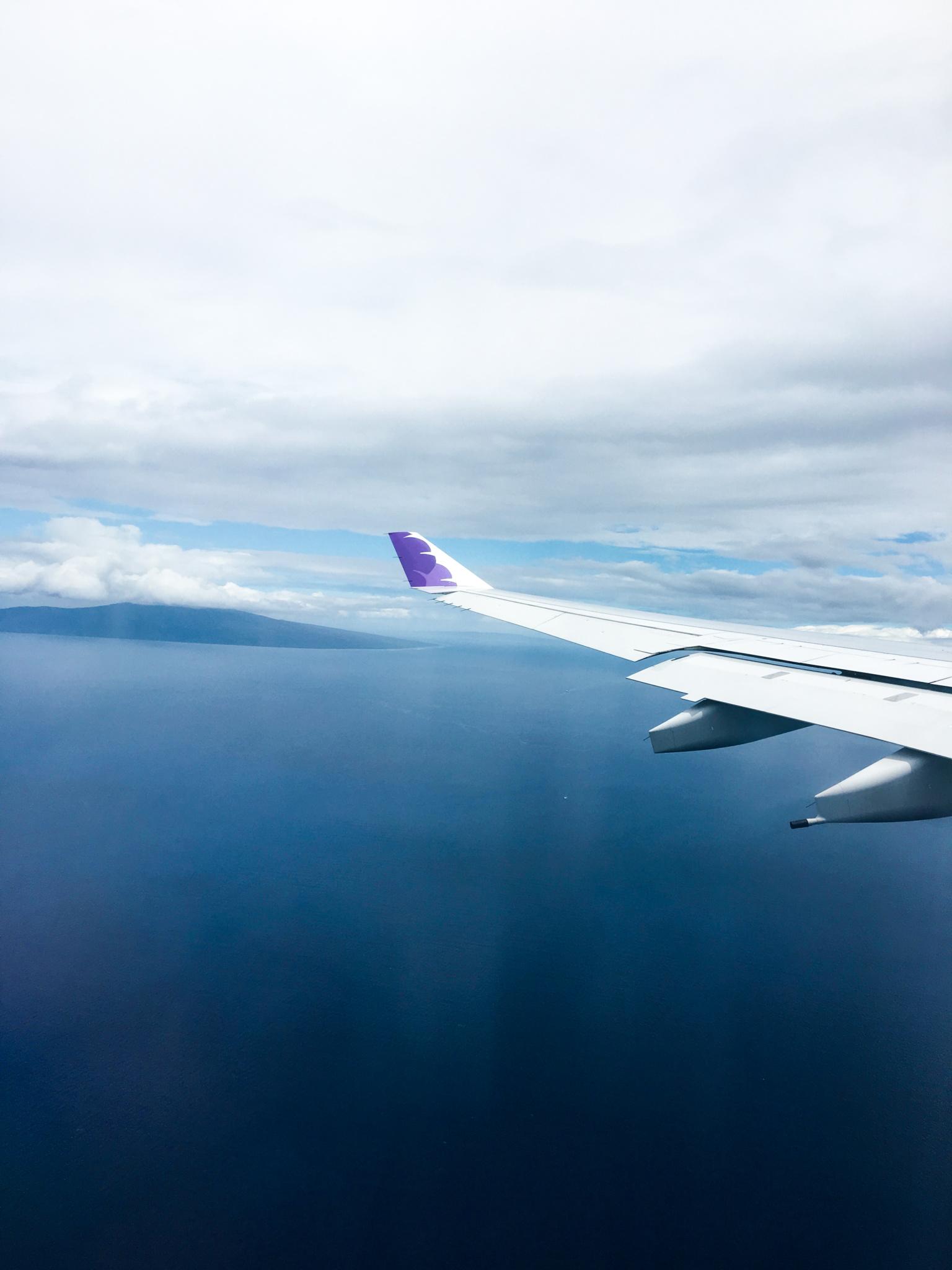 Hawaiian Airlines Flight Over Maui Hawaii - Kahului Airport OGG Maui International Airport - The Killer Look Travels - KillerTravel - Killer Travel - Steven Killian - TheKillerLook.com - The Killer Look
