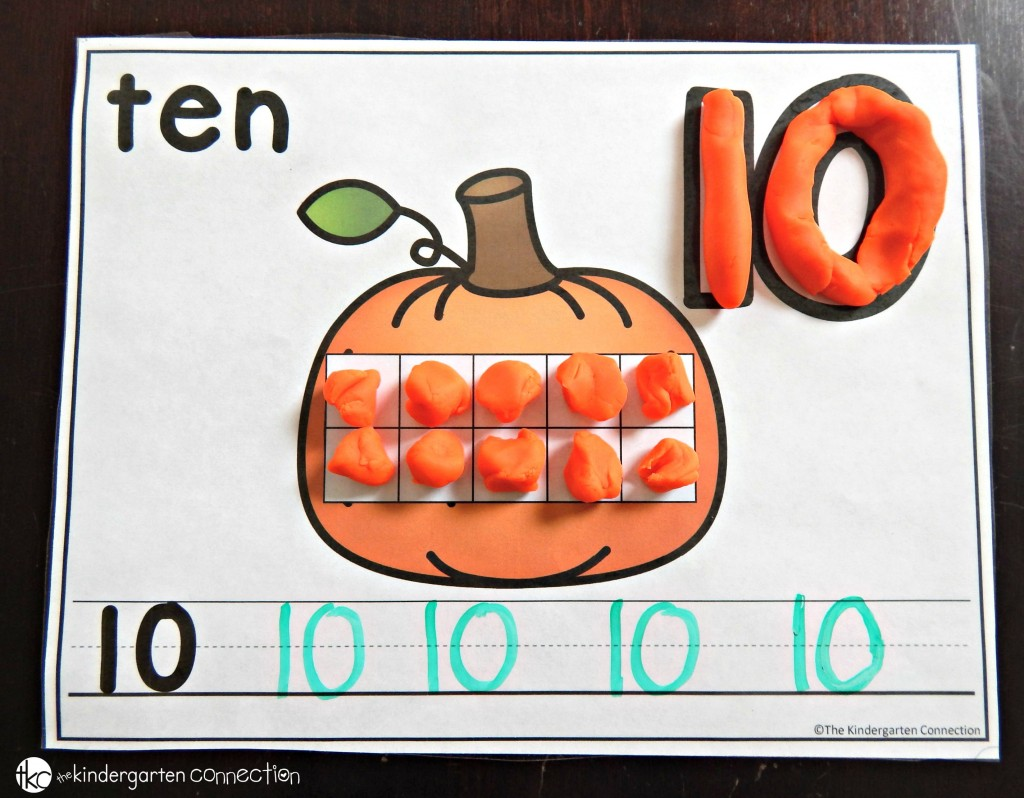 Free Pumpkin Number Mats