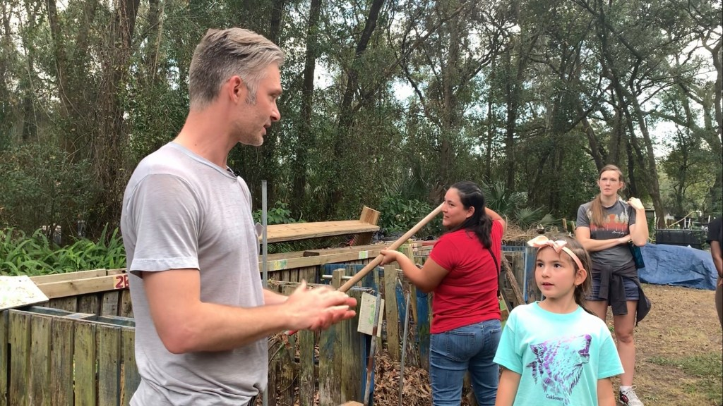 MakeSoil Founder, Josh Whiton teaching new Soil Makers.