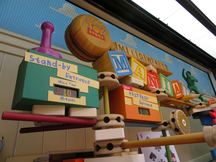 Toy Story Midway Mania with a 10 minute wait time.