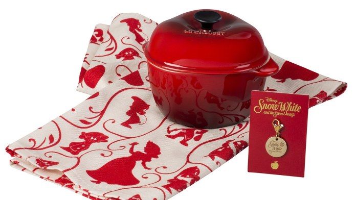 snow-white-cocottes-dutch-oven-le-creuset-disney