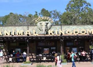 Disney's Animal Kingdom - Sign at Main Gate