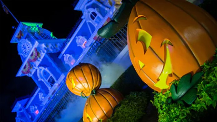 13 reasons why you should go to mickeys not so scary halloween party