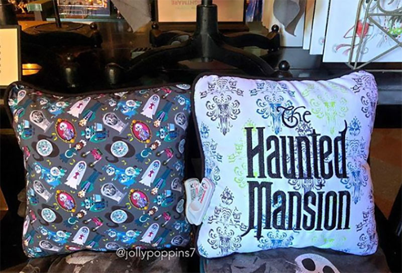Pillow Matching Disney Dooney Haunted Mansion Bag In Disneyland