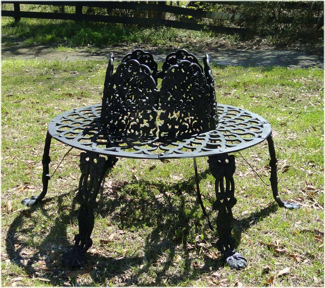 Victorian Tree Surround Vintage Replica Garden Furniture