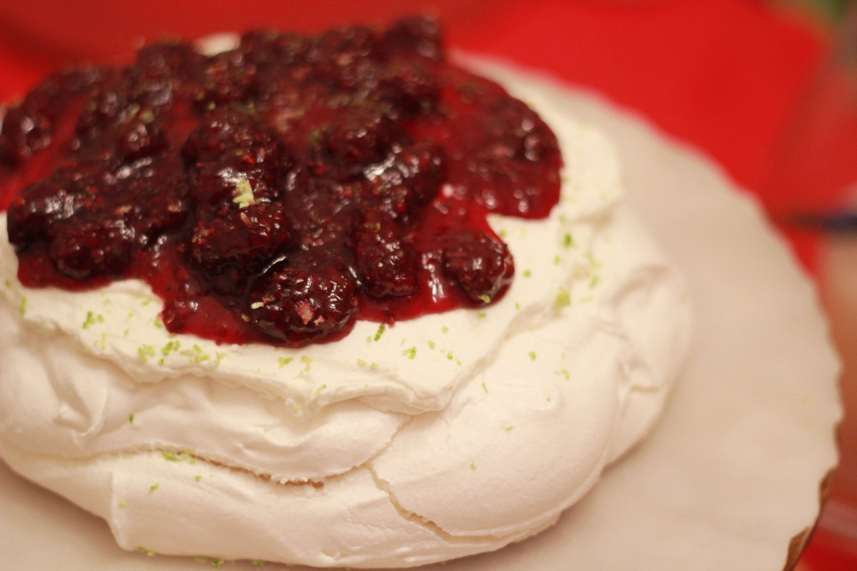 Blackberry Lime Pavlova | The Kitchen Gent