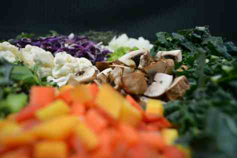 Food safety 101: When in doubt, toss it out! Foodborne illness happens at home more commonly than one might think. www.thekitchengirl.com