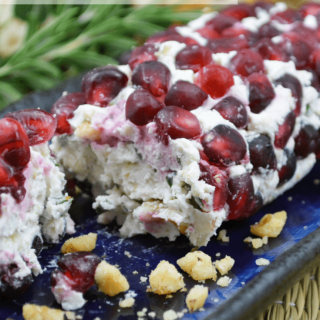 Holiday Appetizers – Goat Cheese Logs