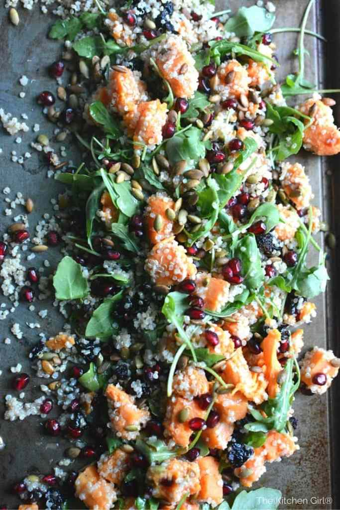 Check out the 21 ways to get pomegranate on your holiday table. Easy, healthy, gorgeous! Recipe roundup on thekitchengirl.com