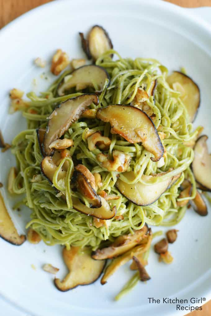 How do you cook edamame noodles? Check out this Mushroom Walnut Edamame Spaghetti Noodles recipe and you'll know! High fiber and low carb. thekitchengirl.com #glutenfreepasta #glutenfreenoodles #veganpasta #mushroompasta