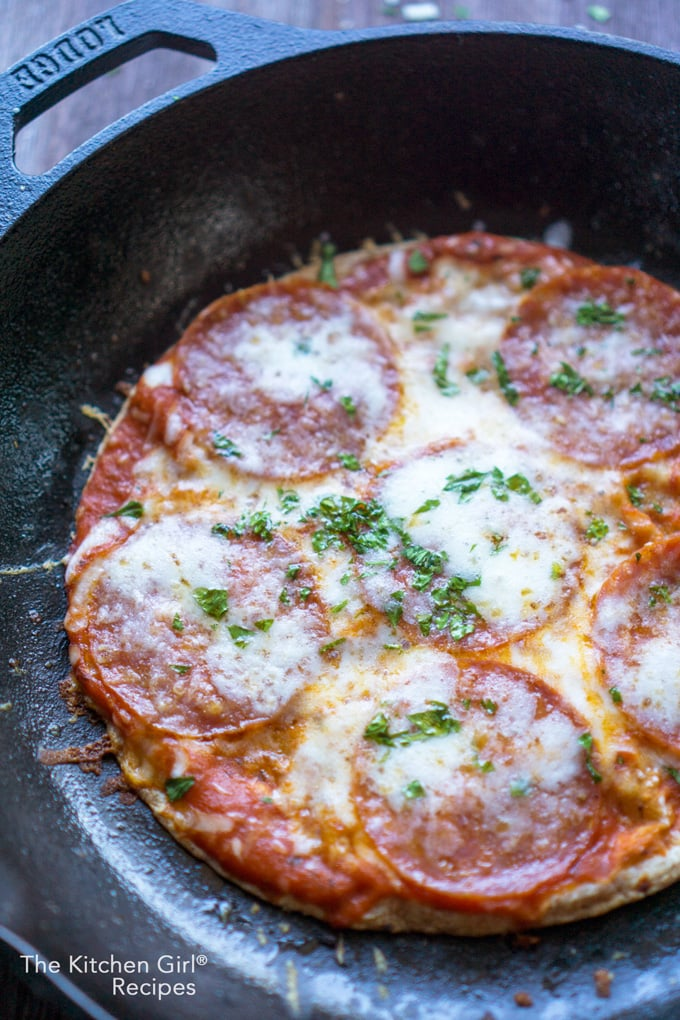 Skinny-ish Skillet Tortilla Pizza in 10 Minutes - The ...