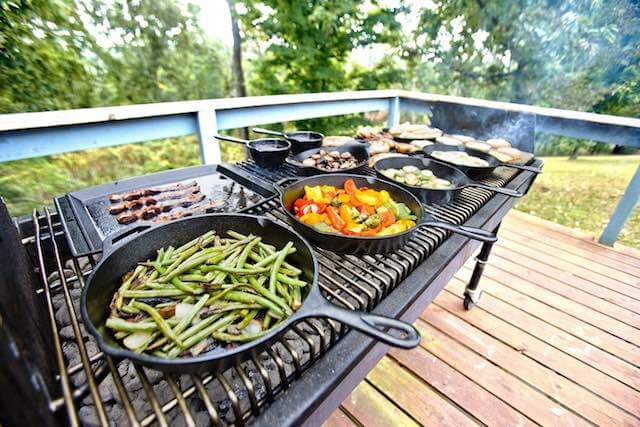 cast-iron-on-the-grill