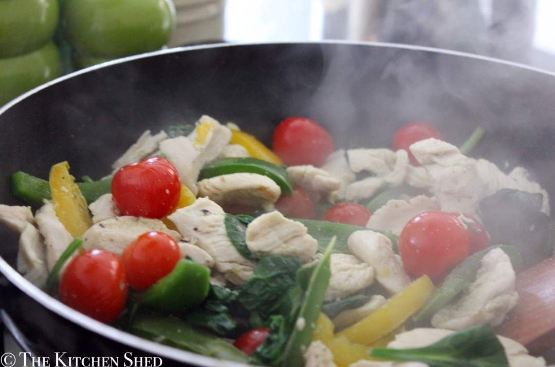Clean Eating Creamy Chicken & Pepper Pasta