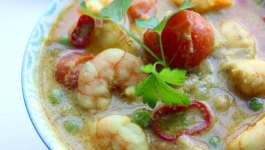 Clean Eating Easy Prawn Curry #NationalCurryWeek