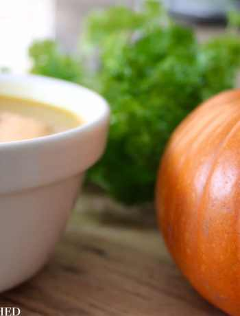 Clean Eating Garlic Roasted Pepper & Pumpkin Soup 1