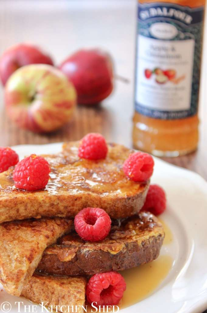 French Toast with Apple and Cinnamon