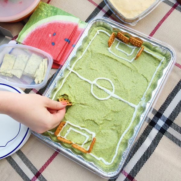 Broccomole, a delicious dip made from steamed broccoli - via The Kittchen