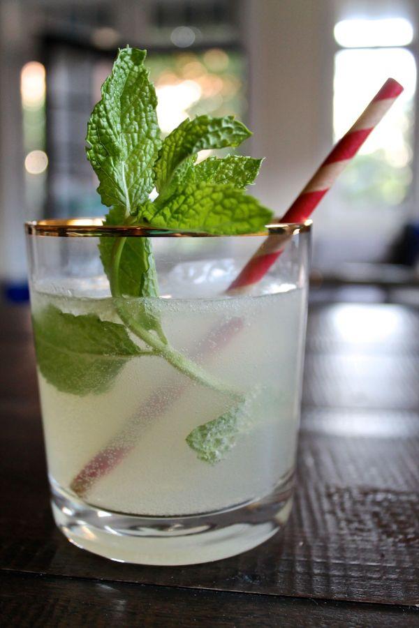 3 Ingredient Bourbon Lemonade via The Kittchen.jpg - vertical