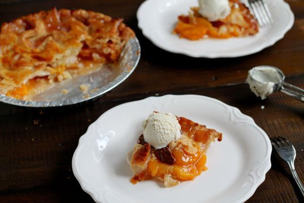 Bourbon Peach Pie with Star Top