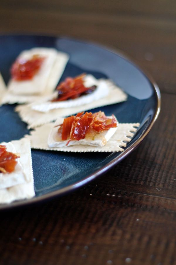 Brie, Jam, and Crispy Prosciutto on Crackers The Kittchen and Foxtrot