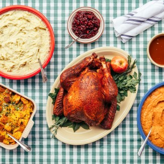 Chicago Restaurants Serving Thanksgiving Dinner and Offering To Go