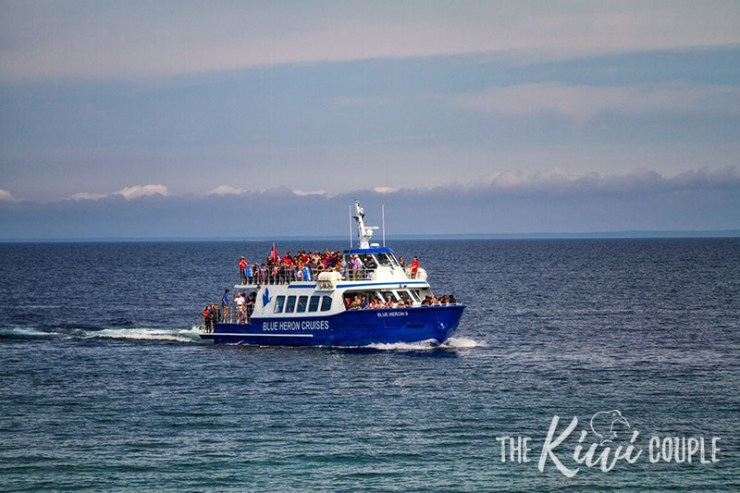 Boat tour to Flowerpot Island