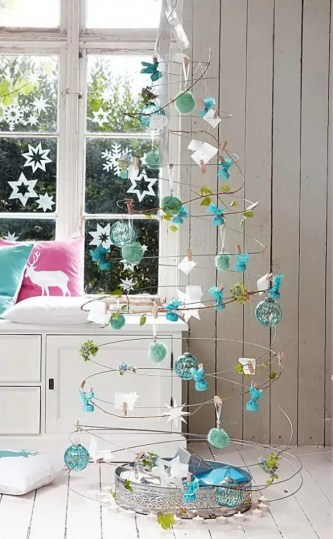 Alternative-Christmas-tree-ideas-tree-from-metal-wire-and-tree-decorations-585x947