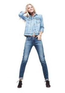 ag-jeans-boyfriend-jeans-and-denim-jacket