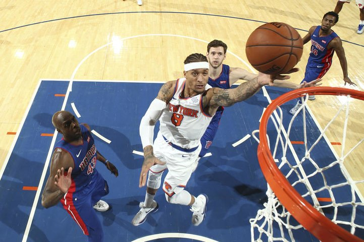 Knicks Attempt to Quell Road Woes in Detroit