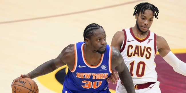 Julius Randle's Triple-Double Lifts Knicks Over Blemished Cavs