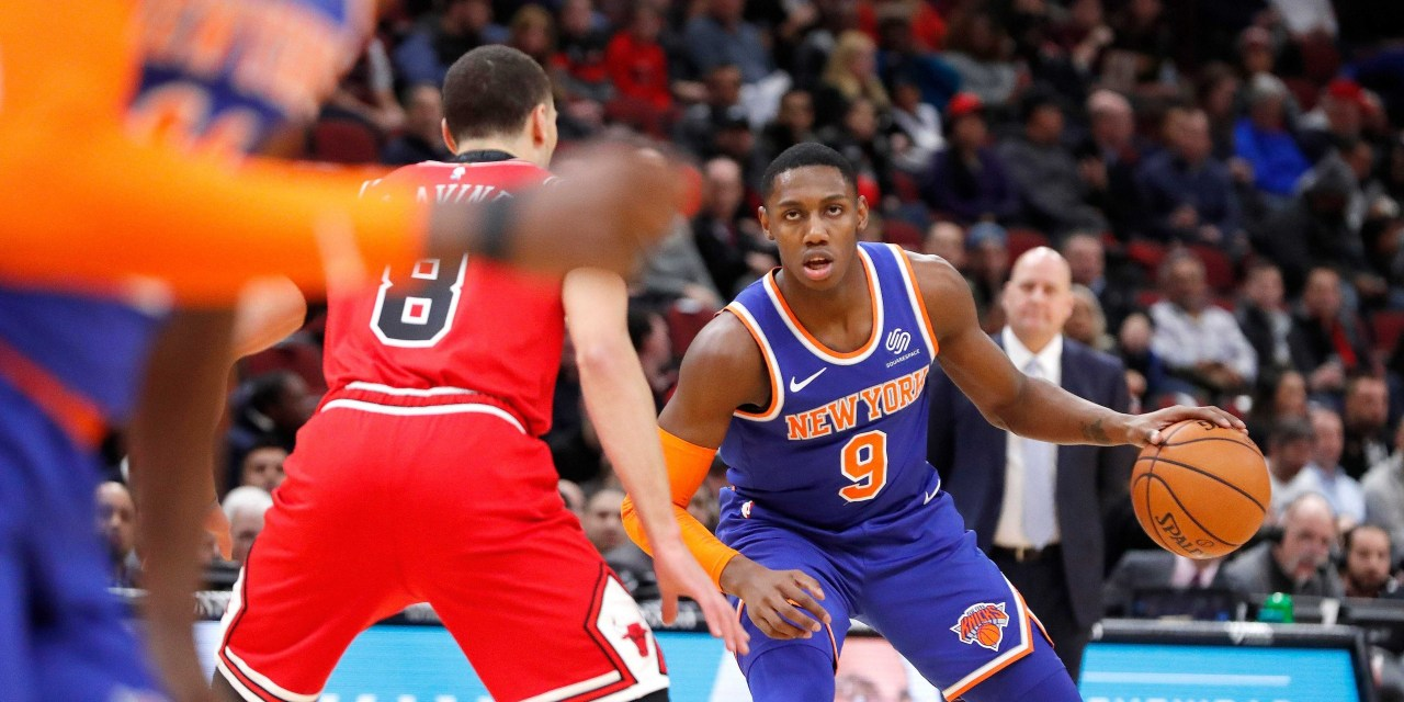 Knicks Touch Down in Snowy Chicago to Face Zach LaVine, Bulls