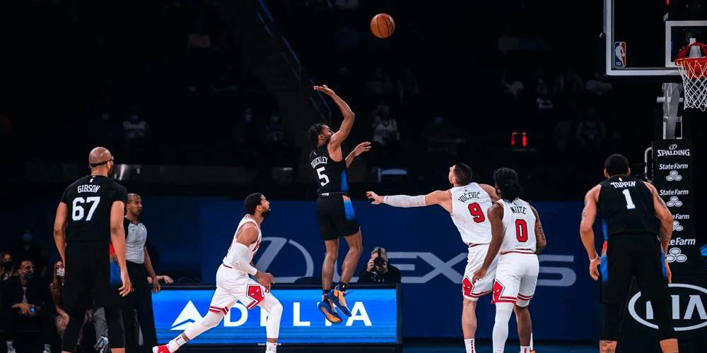 Knicks Handle Bulls Sans LaVine Ahead of Big Road Trip