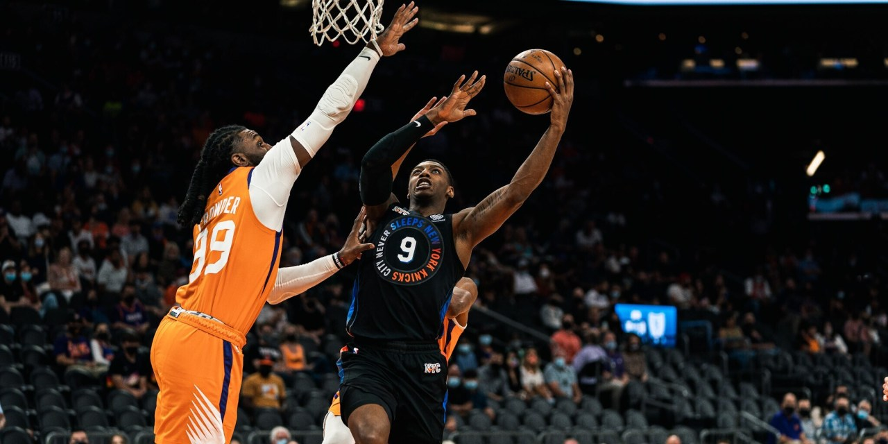 Knicks Lose Their Cool as Fourth Quarter Collapse Fuels Suns