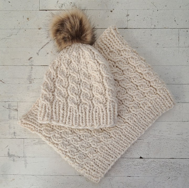 Beacon: Hat and Cowl Set