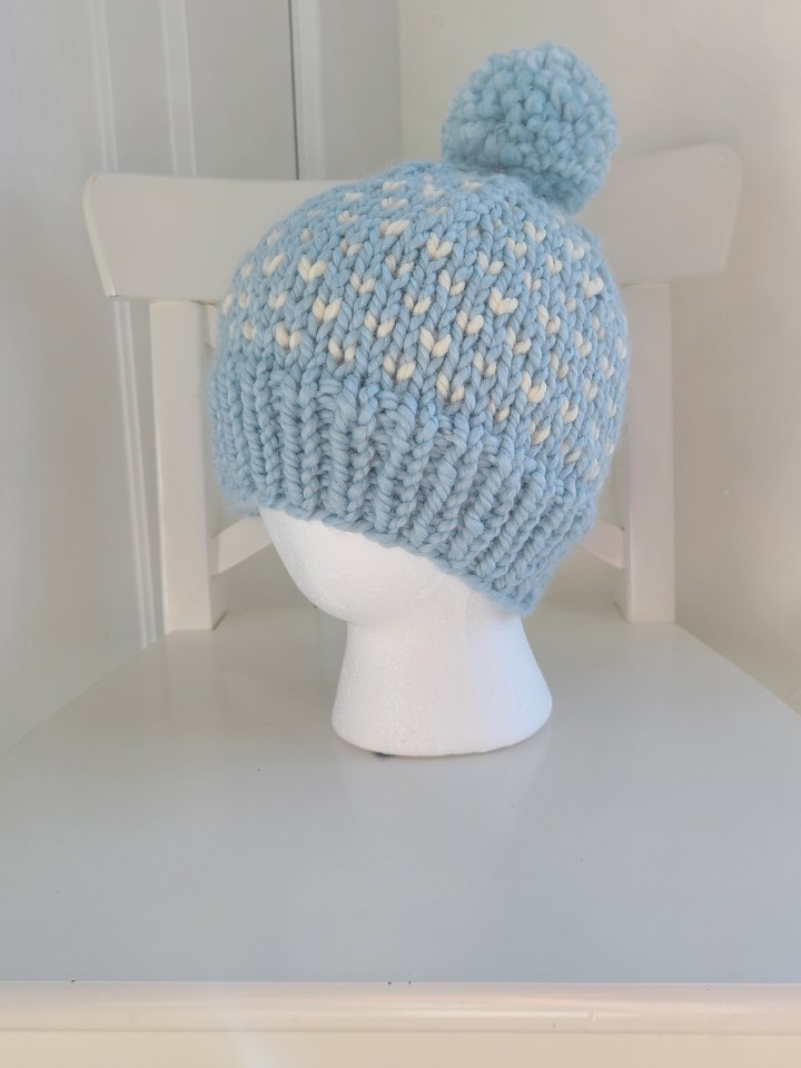 Lincoln Woods Hat: A super bulky knitting pattern