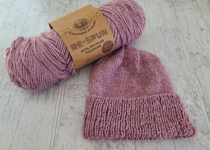 The Knit McKinley Podcast Episode 4: Lion Brand Re-Spun yarn review and the Lighthouse Beanie